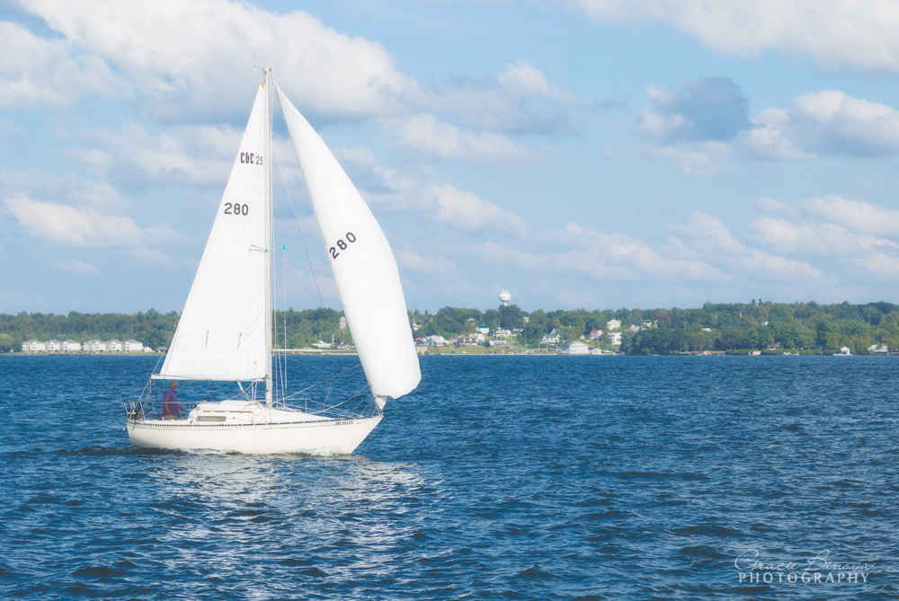 Sailing at the Thousand Islands